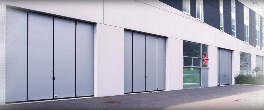 Folding door without bottom track LIBER 2